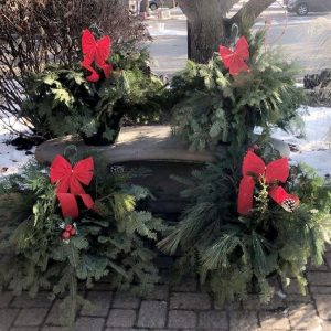 evergreen wreaths for the holidays Mendota IL